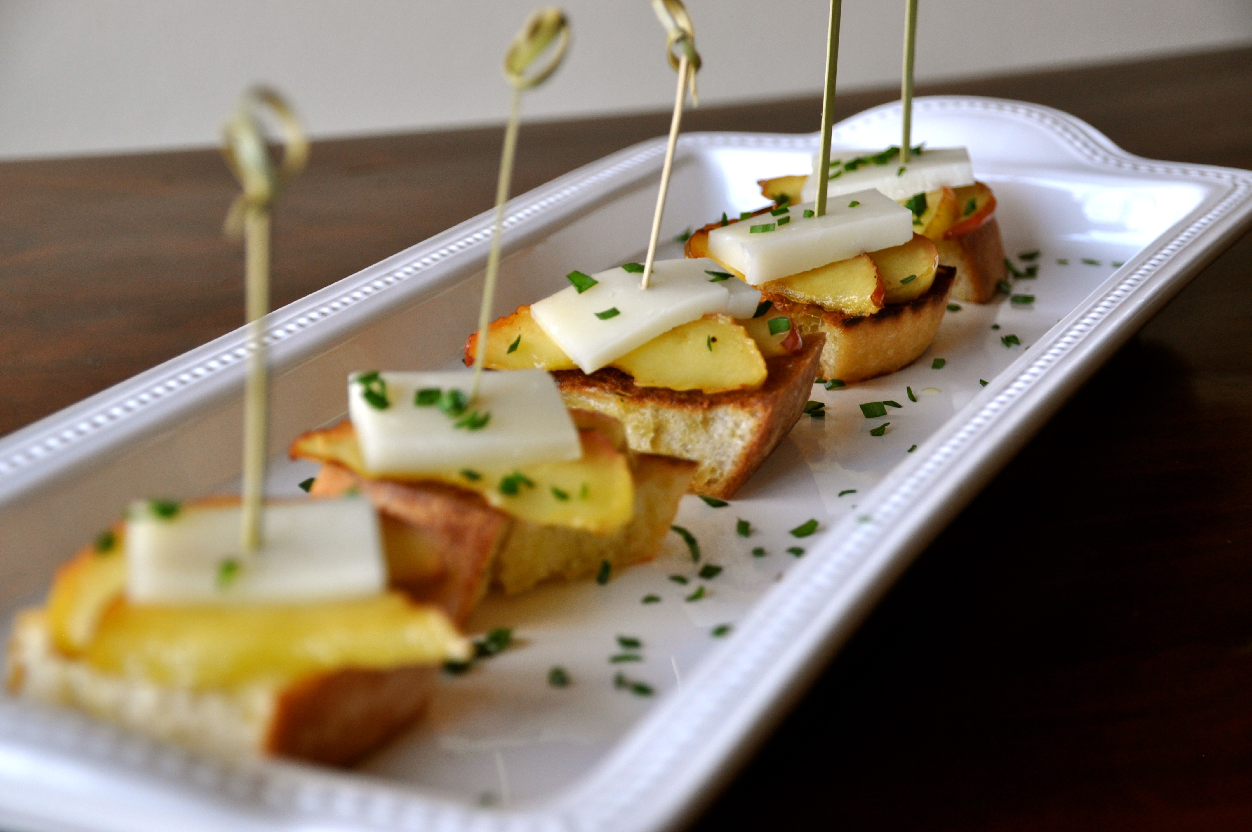 Manchego And Warm Apple Tapas Race Day Recipes