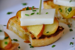 Manchego and Warm Apple Tapas